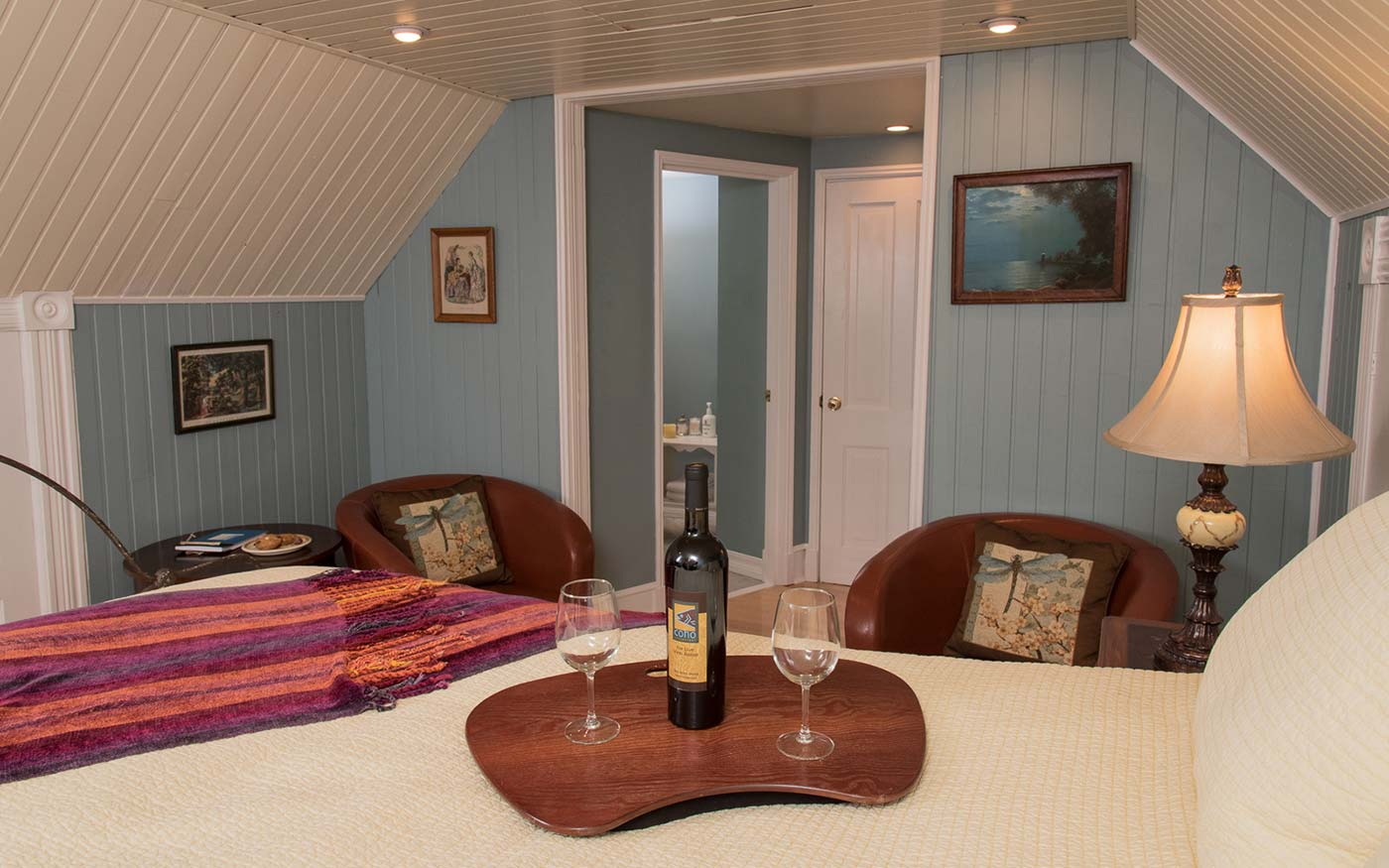 Enjoy cozy and romantic accommodations at our San Juan Island Bed and Breakfast